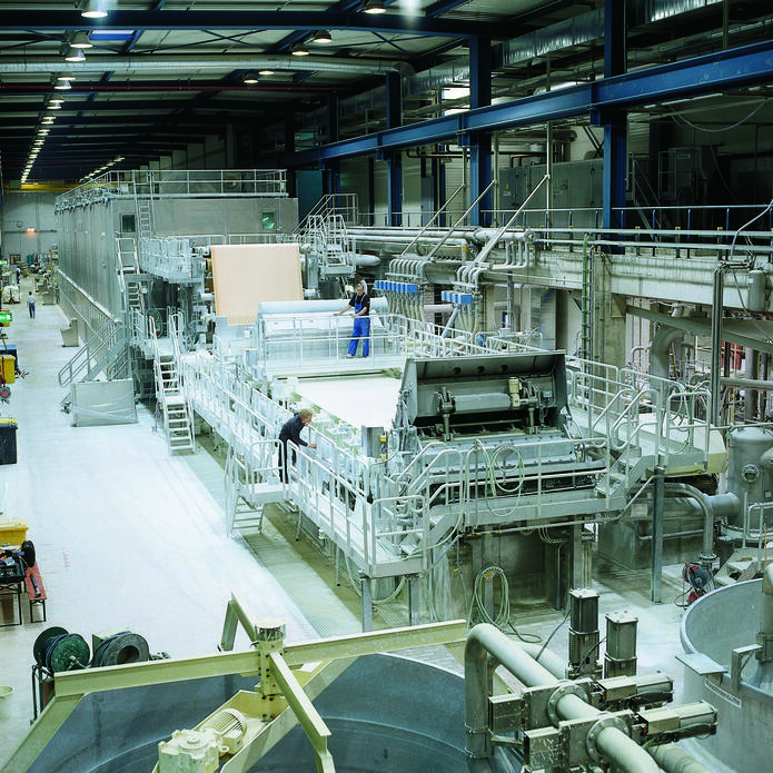 paper machine 6 in Kehl for decor paper